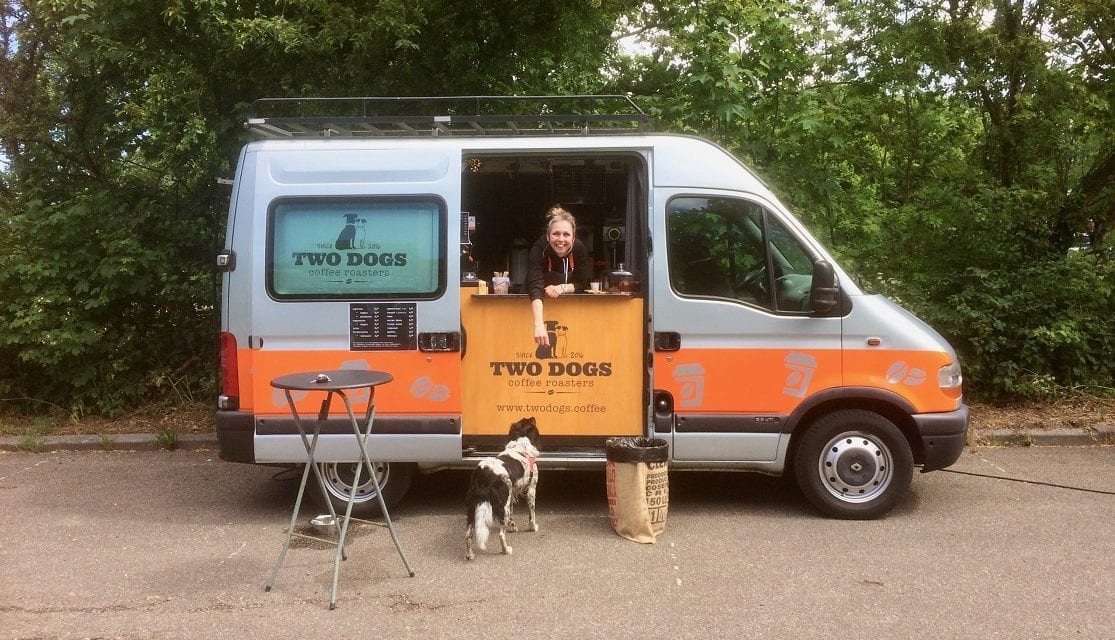 Koffiedrinken met je hond en twee hondenboeken