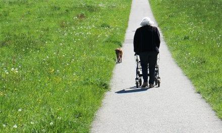 Overbehandeling: Is oudere kwetsbaar of de samenleving?