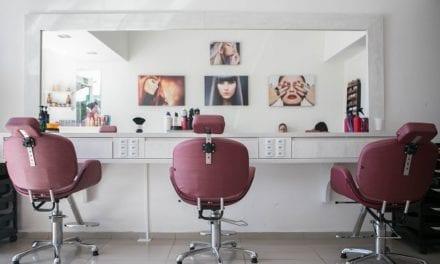 Wel of geen grijs haar (2): klus voor de kapper