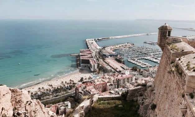 Alicante, stappen tellen in Spaanse sfeer