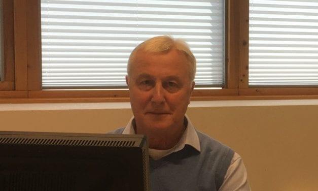 """Verzekeringsarts Hans Scholtz (68): """"Zolang ik gezond blijf, werk ik."""""""