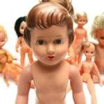 Een pop voor meisjes, jongens en hunkerende mannen
