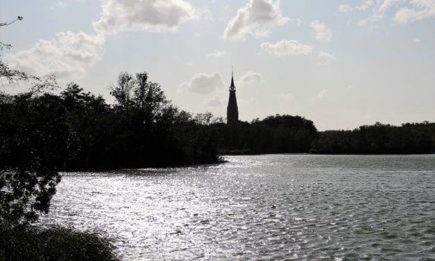 In Amstelveen heerlijk toeven aan De Poel…