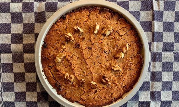 Vegan wortelcake wordt Coronapersconferentie-cake