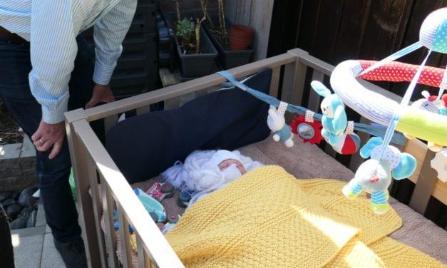 Omadag komt voor Moederdag met tweede kleinzoon