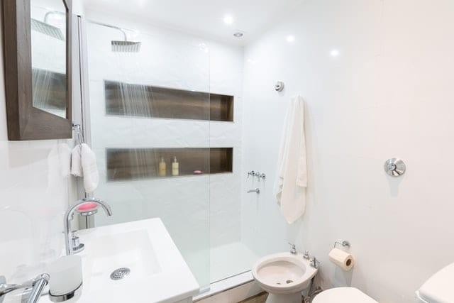 Zoek het geluk in vernieuwing badkamers