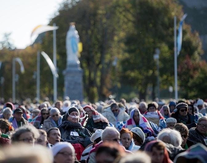 Lourdes, een documentaire over menselijkheid