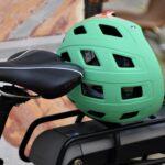 Fietshelm op als e-bike tevoorschijn wordt gehaald